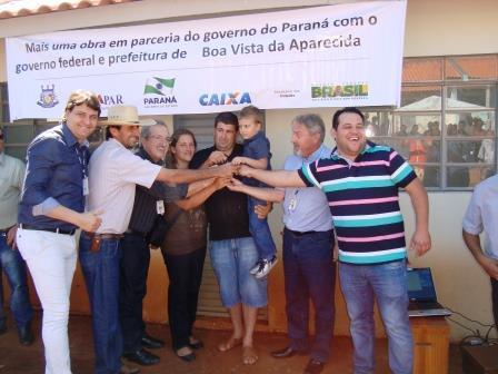 Administração de Boa Vista faz entrega de 60 casas, totalizando 207 casas entregues nos últimos anos