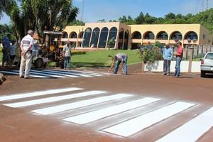 Departamento de Urbanismo realiza pinturas nas ruas de Nova Prata do Iguaçu