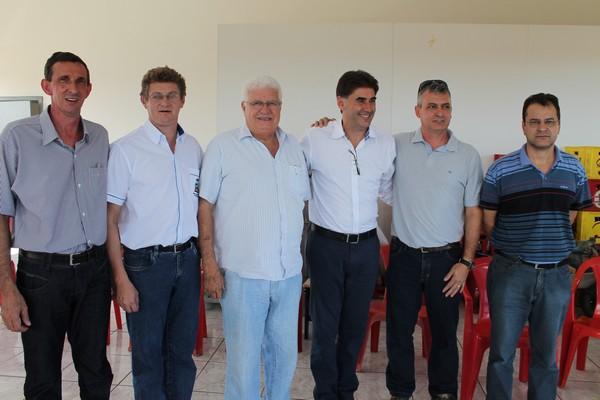Deputados Meurer e Paranhos se reúnem com lideranças políticas de Capitão