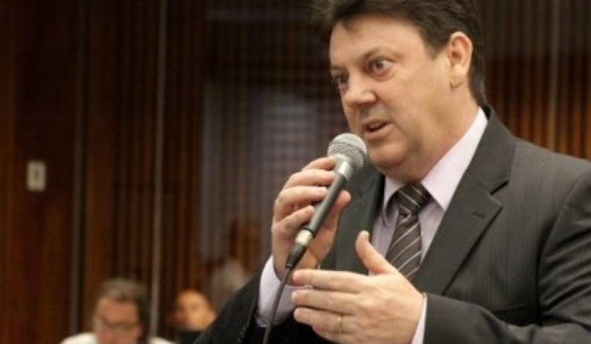 Deputado Luersen cobra contratação de policiais civis e fim de superlotação de carceragens de delegacias