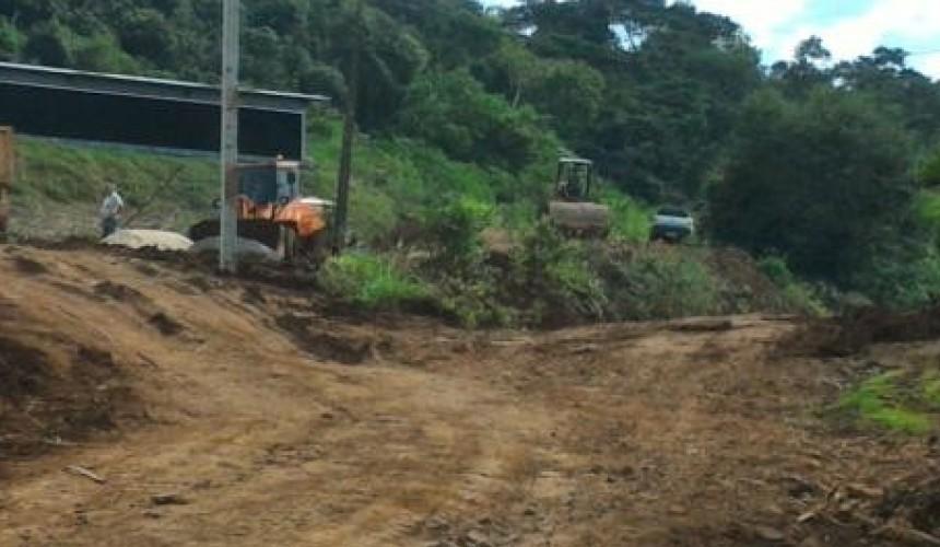 Capanema: Prefeitura apura uso de equipamentos públicos em propriedade privada