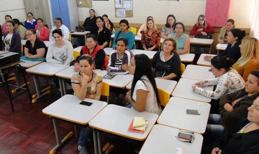Servidores da rede municipal de ensino de Boa Vista participam de mais uma capacitação