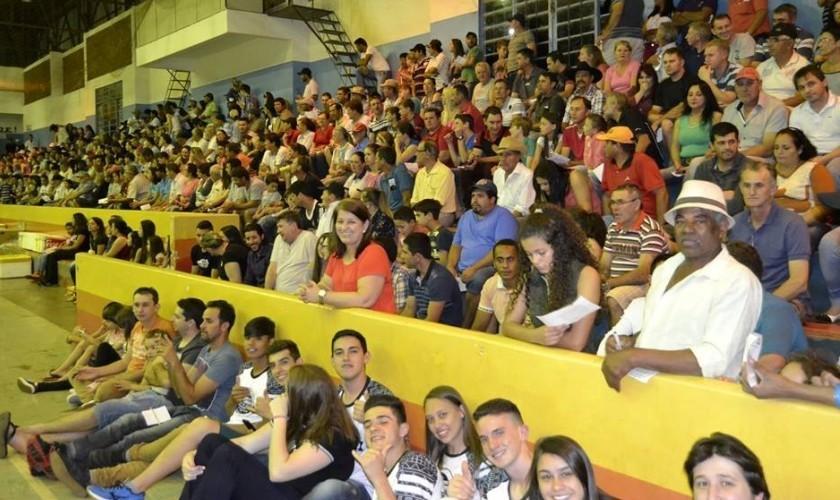 Mais de dois mil pais participam do sorteio do Meu Paizão de Carrão