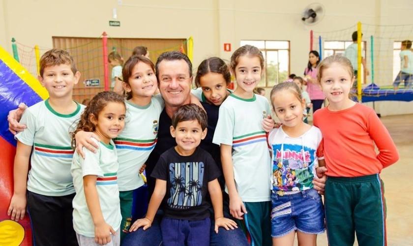 Administração de Santa Lucia propicia hoje brincadeiras e distribuição de lanches para comemorar o Dia das Crianças