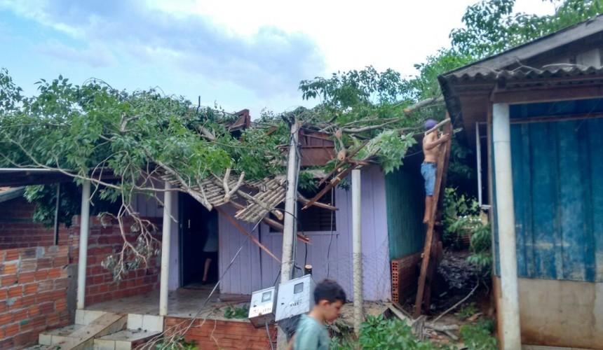 Sessenta e três pessoas foram afetadas com vendaval que destelhou  casas em Capitão