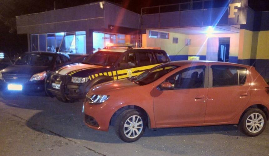 Lindoeste: Quadrilha presa com carros roubados