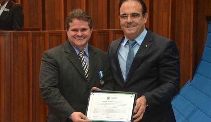 Claudio Quadri recebeu homenagem da Assembléia Legislativa do Mato Grosso do Sul