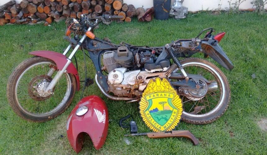 Policia de Capitão prende maior e apreende menor com moto furtada