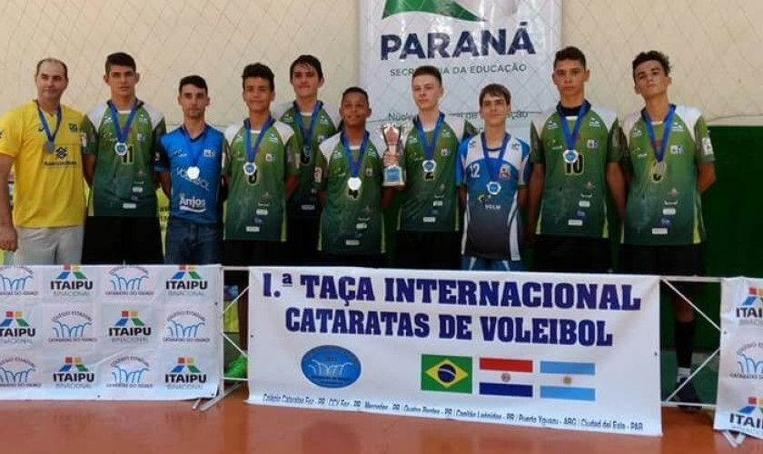 Esporte: Voleibol de Capitão é vice Campeão de torneio internacional. Equipe da Malvari é Campeã do Bolãozinho de mesa. Interfirmas define finalistas