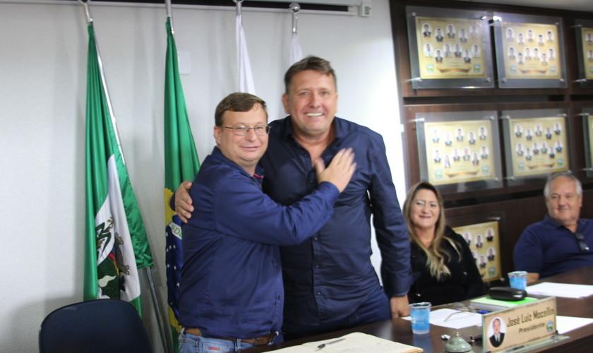 Marcos Bertoglio assume cargo de prefeito de Nova Prata do Iguaçu