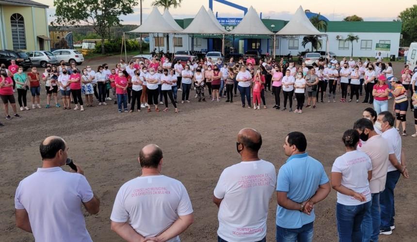 CAPITÃO: Mais de 100 pessoas participaram da primeira caminhada de conscientização da saúde da mulher