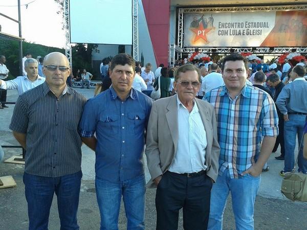 Militantes do PT de Nova Prata do Iguaçu participam de encontro com Lula e Gleisi