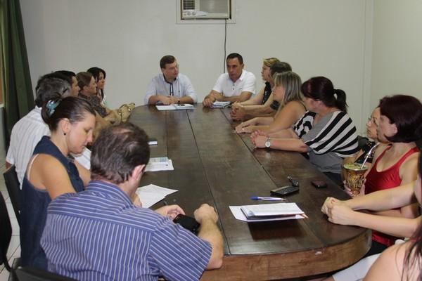 Sindicato dos Servidores se reúnem com o prefeito Sassá para negociação salarial