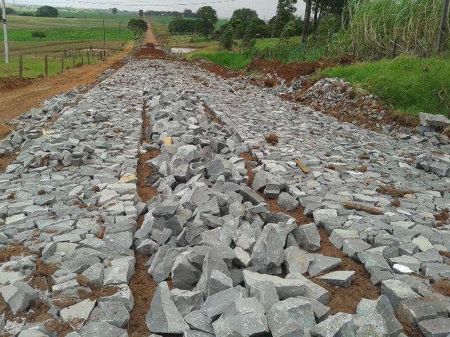 Nove comunidades do interior de Boa Vista serão beneficiadas com calçamento em serras