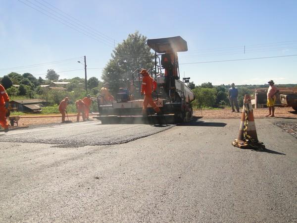 Boa Vista recebe recape asfaltico em 16 trechos da cidade
